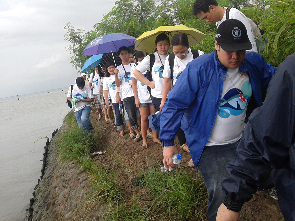 My Experience at International Coastal Cleanup 2011